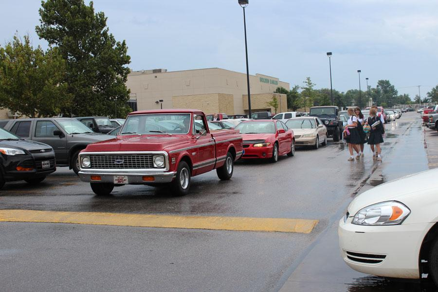 Crowded-Parking-Lot