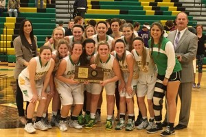 Girls basketball gets defensive, earns trip to 5A state tournament