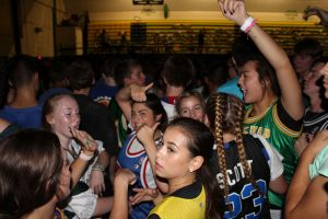 Students sound off on Sweetheart Dance